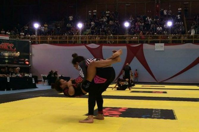 Jessica Oliveira X Gabi Garcia