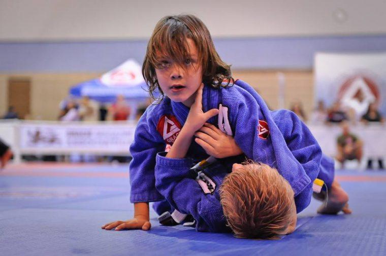 A Comparison of Jiu Jitsu to Karate for Self Defense