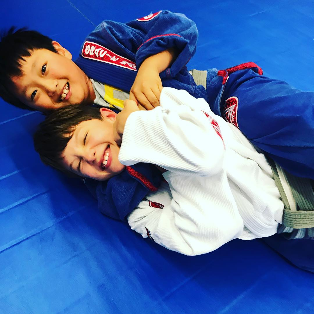 Why your Kids Should be Enrolled in Jiu-jitsu
