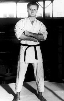 Great Master Carlos Gracie at the very first years of Jiu-Jitsu in Rio de Janeiro.