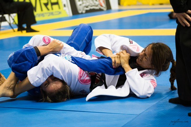 Fabiana Borges from Gracie Barra San Antonio submitted Angelica Galvao by armbar and eventually went on to take home silver in her division.
